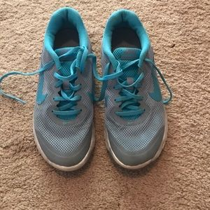 Blue/Green Nike running shoes size 7.5